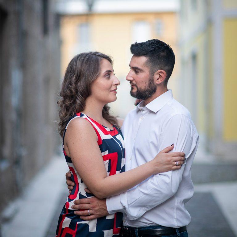 Fotografia di coppia in città