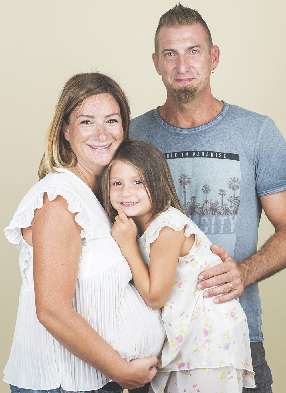 Foto di famiglia con pancione