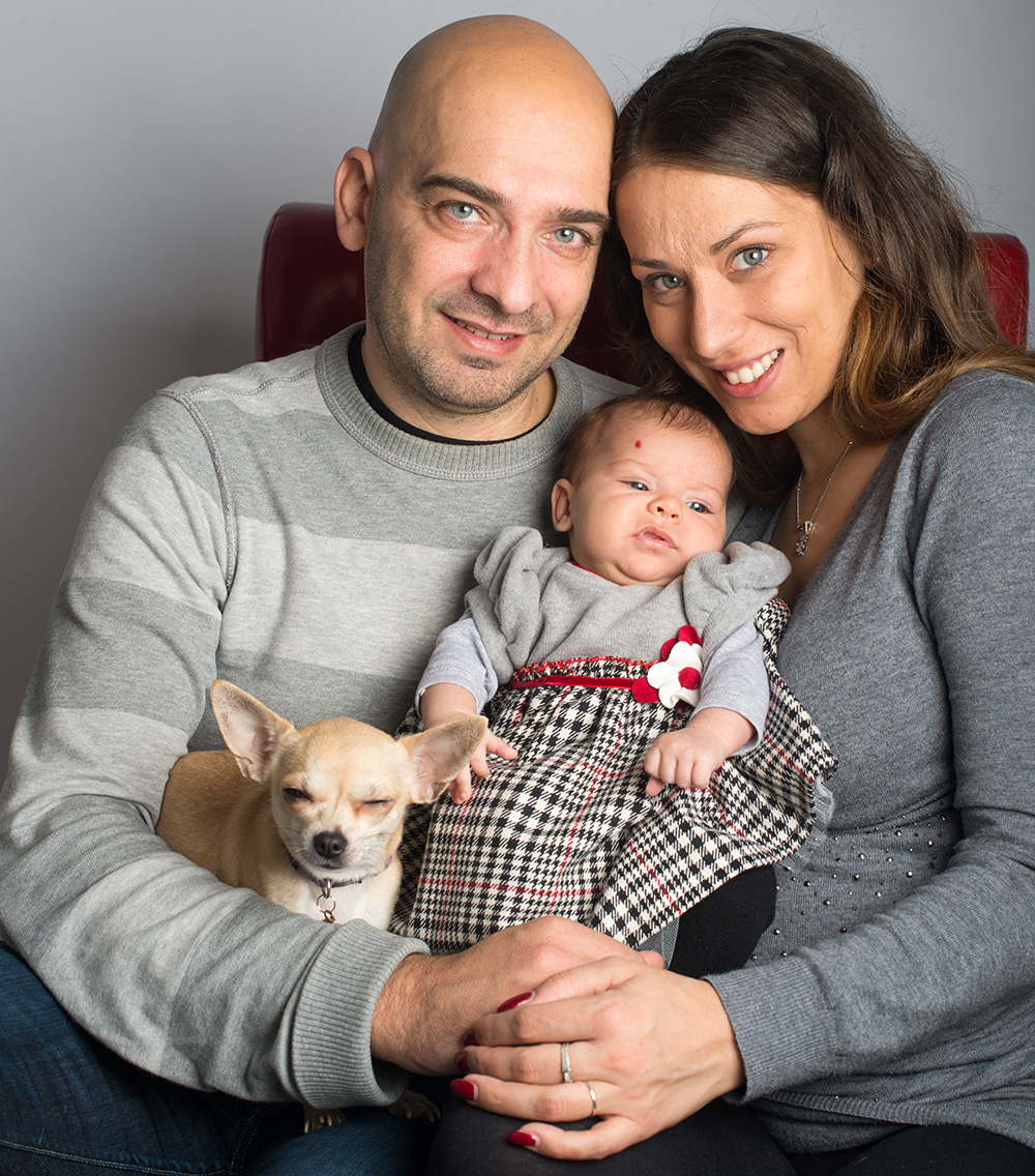 Servizio fotografico famiglia con neonato